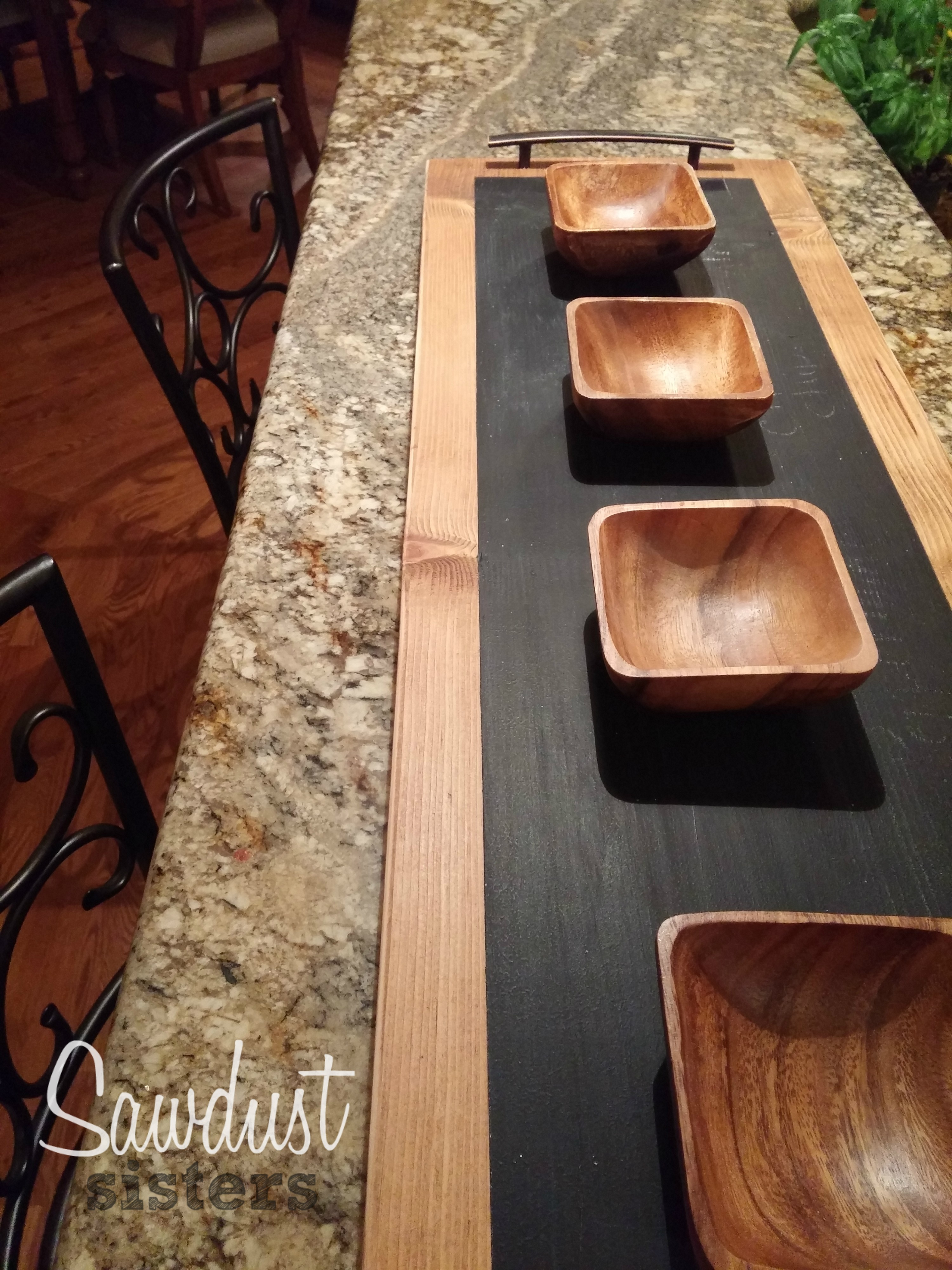 DIY Chalkboard Tray! So Easy! Making it this weekend! Sawdustsisters.com