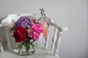 Spring Floral Arrangement-farmer's market style
